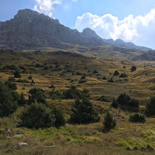 הר אסטרקה בעלייה אל הבקתה