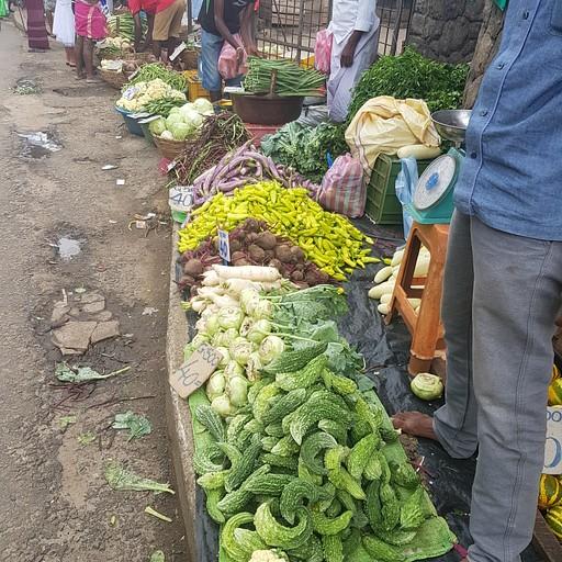 השוק ירקות ברחוב