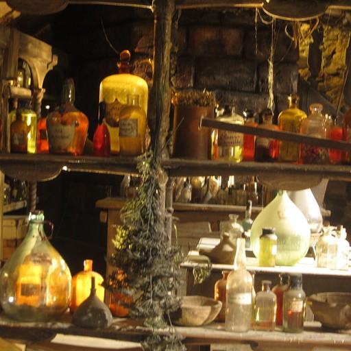 """מוזיאון המיניאטורות (שזה בעצם מוזיאון של תפאורות מסרטים !) תפאורה מהסרט """"הבושם"""""""