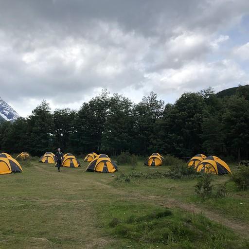 מחנה דיקסון