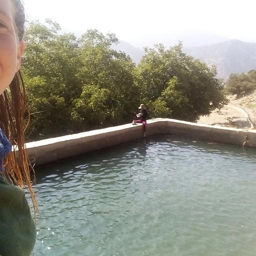עצרנו לטבילה ליד טיזי אוסם