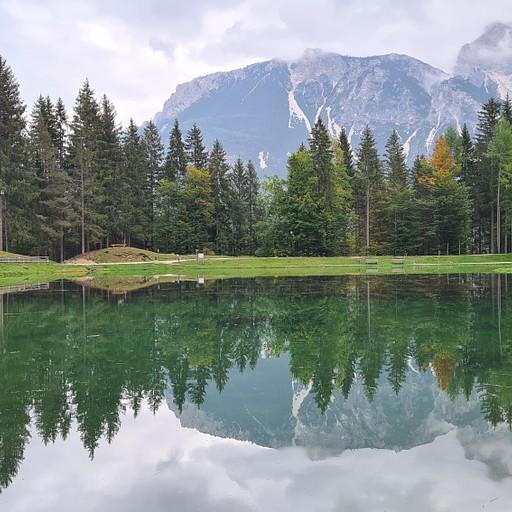 אגם Pianoze