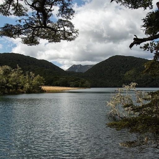 הisland lake