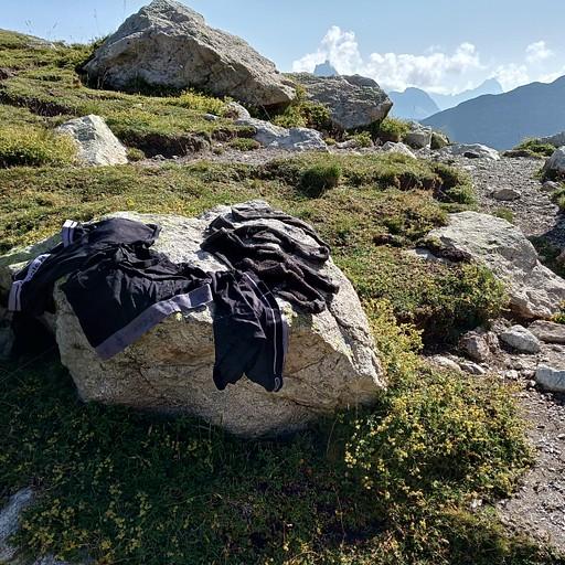 בקול דה וואלון, הפסקת צהריים וייבוש הכביסה מאתמול.