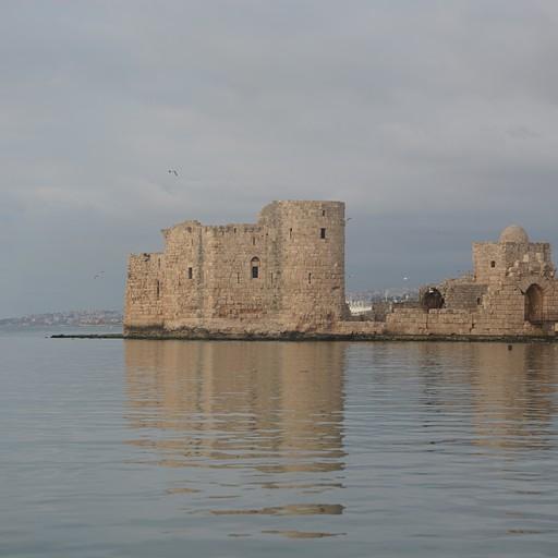 המצודה הפיניקית בצידון