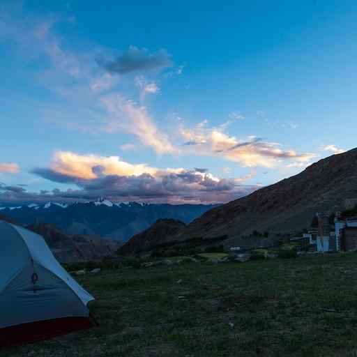 האוהל שלנו על שדות מירובוק