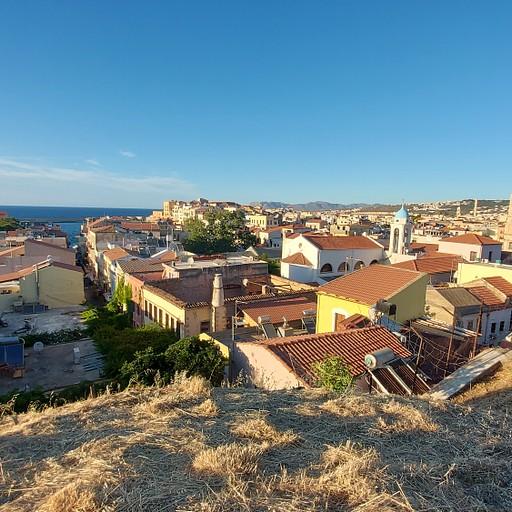 חאניה מחומת העיר העתיקה