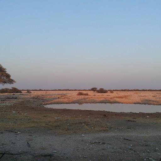 האגם שהקמפסייט צופה עליו