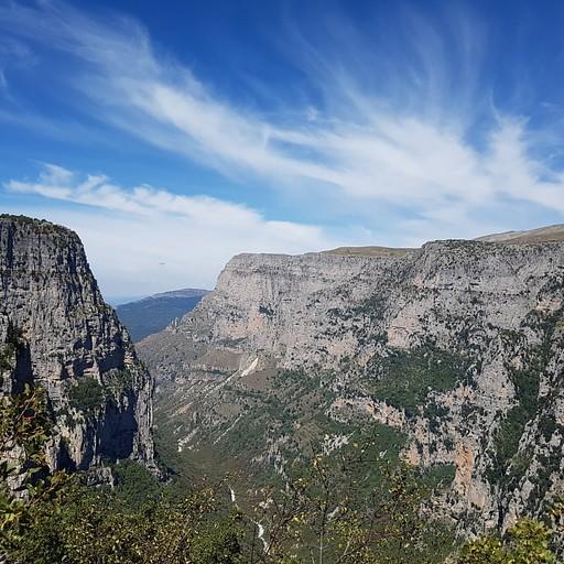 קניון VIkos מתצפית Oxya