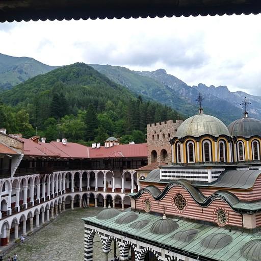 החדר במנזר רילה